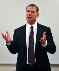 John L. Segal '87 speaks to USC Law